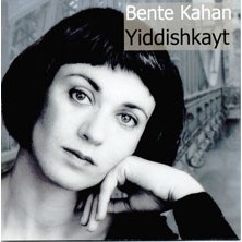 Yiddishkayt Bente Kahan